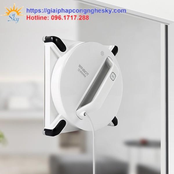robot-lau-kinh-chinh-hang-Ecovacs-winbot-950